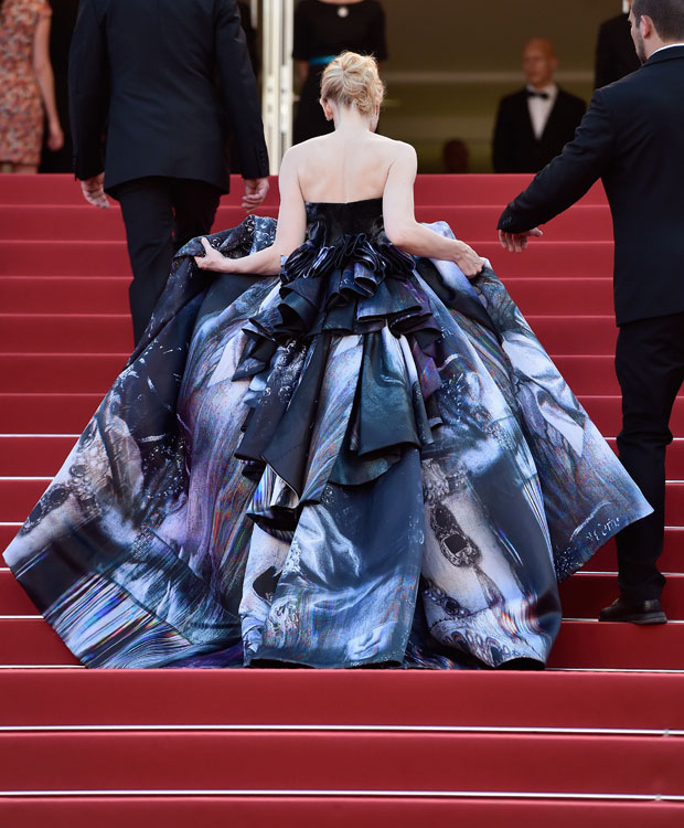 Cate Blanchett wearing a blue and grey print gown by Giles at the 2015 Cannes Film Festival