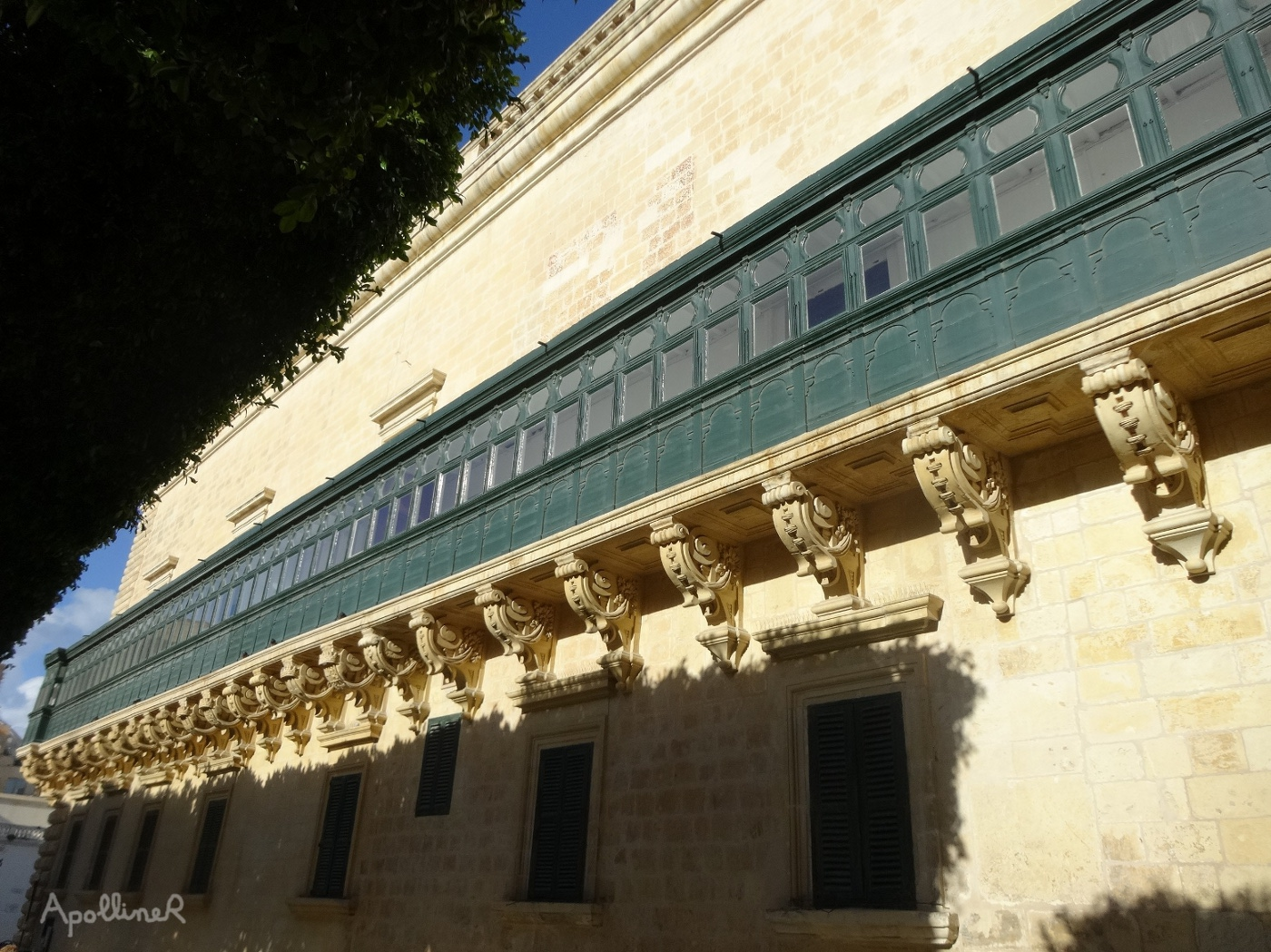 enclosed balcony of the Grandmaster's Palace in Valletta